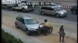 【事故動画】映画『ファイナル~』ばりの交通事故がヤバイ…。