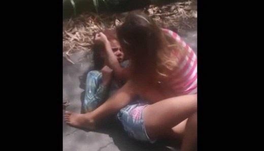 【js・jc】女の子同士の殴り合いのガチ喧嘩まとめ こいつら結構むちゃくちゃにするなw