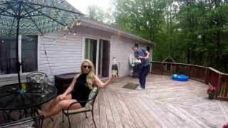【衝撃動画】シャンパンのコルク栓の抜き方が凄すぎるwww