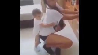 【エロ注意】レゲエダンスのエロい腰つきに反応しちゃうスケベな?赤ちゃんwww