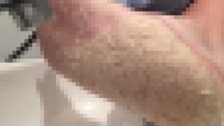 【グロ注意】ワニの皮膚のような足の裏をした老人…。