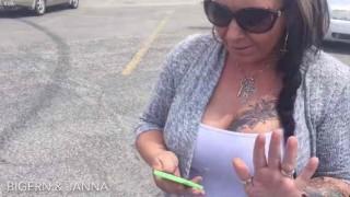 【動画】爆乳妻が話題の『ポケモンGO』にハマりすぎた結果www