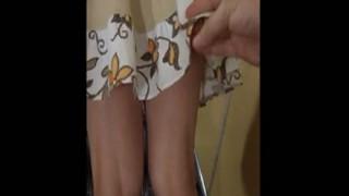 【隠し撮り】前歩く女の子のスカートめくってTバック履いてた時の衝撃は表現しきれないw ※動画