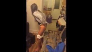 【動画】酔って家の中の至る所で小便しようとするカワイイ女の子www