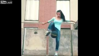 【動画】リフティングの超絶テクを披露してくれるブラジルの女の子w