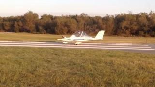 【衝撃動画】世界最小の飛行機とジェット機www