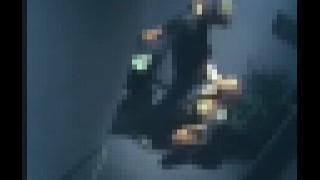 【エロ注意】防犯カメラ動画にオフィスでセックスしちゃうカップルが映ってたwww
