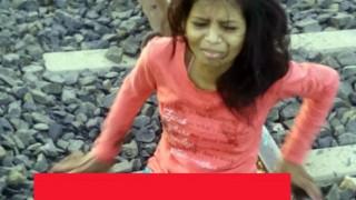 【グロ画像】インドの美少女が電車から落下して両足切断した事故直後の悶絶画像!!※閲覧注意※