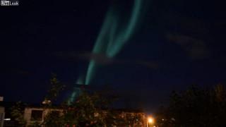 【動画】アイスランド・レイキャヴィークで撮影されたオーロラがとてもきれいだw
