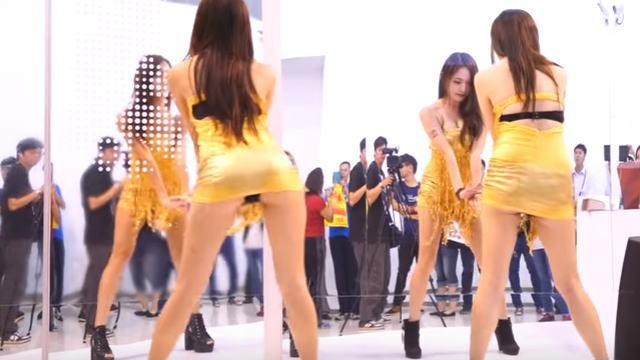 【動画】高雄國際食品展でのお酒のメーカー『金門酒廠』のブースでパンチラありのセクシーなダンスしてるw