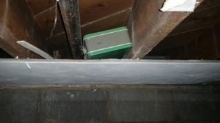 【画像】中古で買った家の地下室にヤバいものがあったんだけど・・・