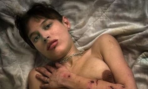 末期薬物中毒者女性エロ画像ギャラリー、、、なんだか怖い。(画像16枚)