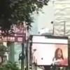 【動画】街の大型ビジョンに思いっきりエロビデオ流れてて話題に