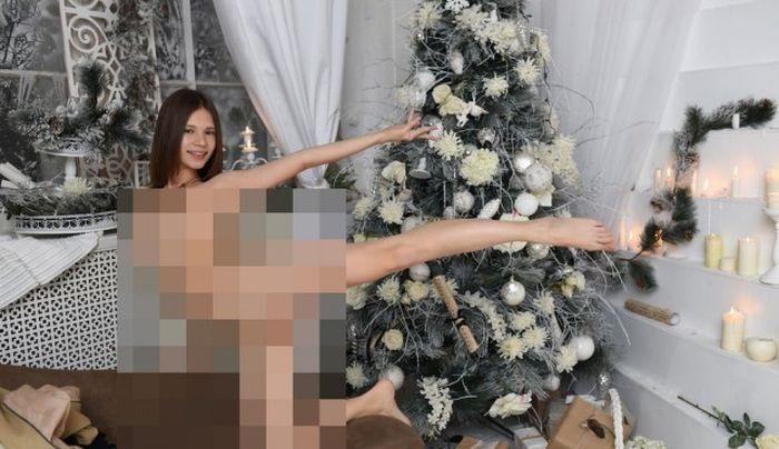 """女子大生、""""エロいお仕事"""" の全裸写真を顔モザイクなしで晒される・・・(4枚)"""
