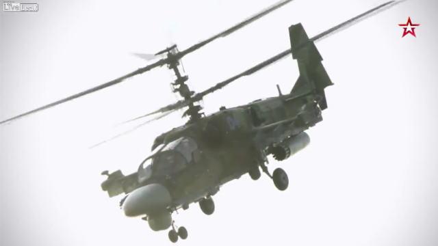 ロシアの最新型攻撃ヘリコプター『カモフ52 アリゲーター(Ka-52 アリガートル)』の画像