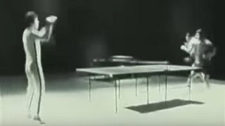 【動画】ヌンチャクで卓球を軽くこなしてしまう『ブルース・リー』の動画w