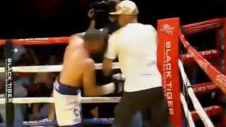 【動画】ボクシングでノックアウトで決着が着いたのに野次が気に入らなかったのかセコンドに殴り掛かる。