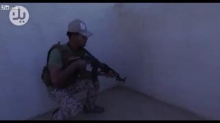 【動画】SNSで話題のマネキンチャレンジをイラク兵が行った場合www