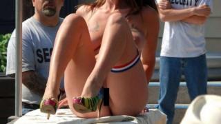 外に可愛い全裸の女がいるんだけど・・・(画像)