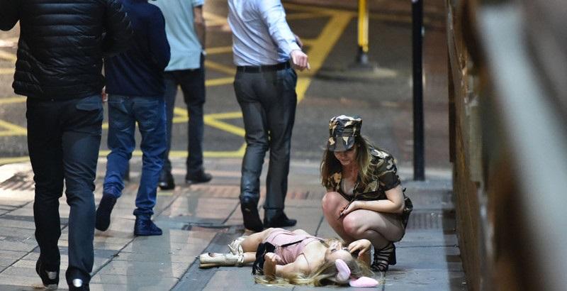 ハロウィンで街中で騒ぎまくった後の女子たちの痴態・・・(画像)