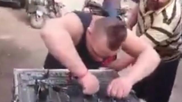 【動画】ダウン症という病気を感じさせないなかなかのDJプレイを見せてくれる『DJ Gigi 』の動画w