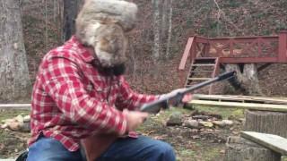 【衝撃動画】ギターをボトルネックで弾き的をショットガンで撃つ、異色のコラボが実現したwww