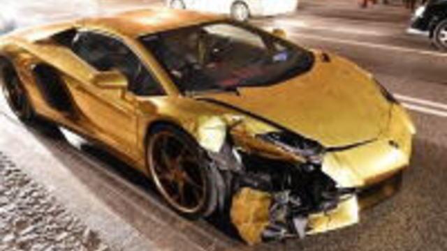 2017年一番最初にランボルギーニ・アヴェンタドールで事故った画像