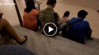 【動画】女性のパンツを盗撮する海外の男たち。バレてますよwww
